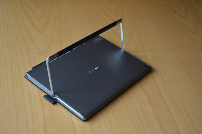 acer-switch-alpha-12-17-of-111