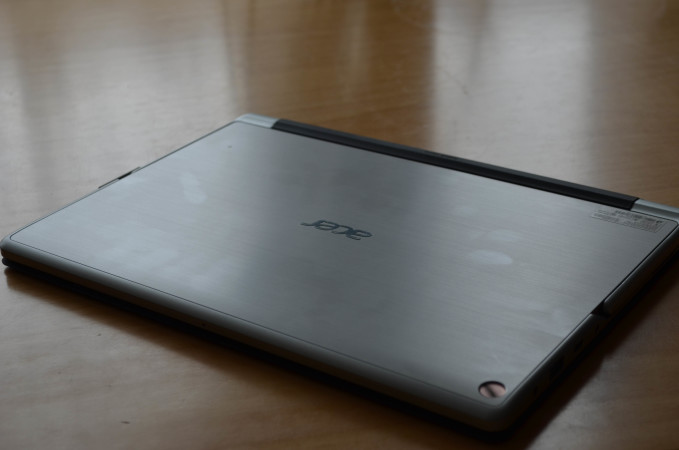 acer-switch-alpha-12-5-of-111