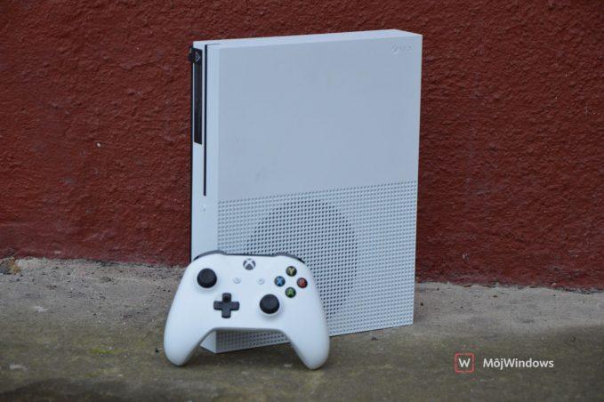 Xbox One Redstone 4