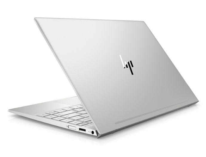 7feebd067f HP ENVY 17 Laptop je na Slovensku dostupný od júna za cenu od 999 €.  Spomínaný menší variant sa predáva za cenu od 769 €.