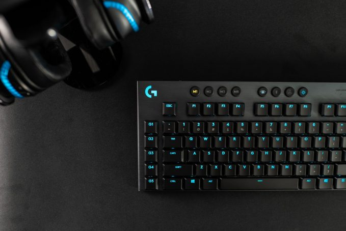 Logitech Introduces New Gaming Keyboards with Low-profile